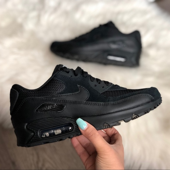 Brand New Nike ID Air Max 90 Triple Black NWT